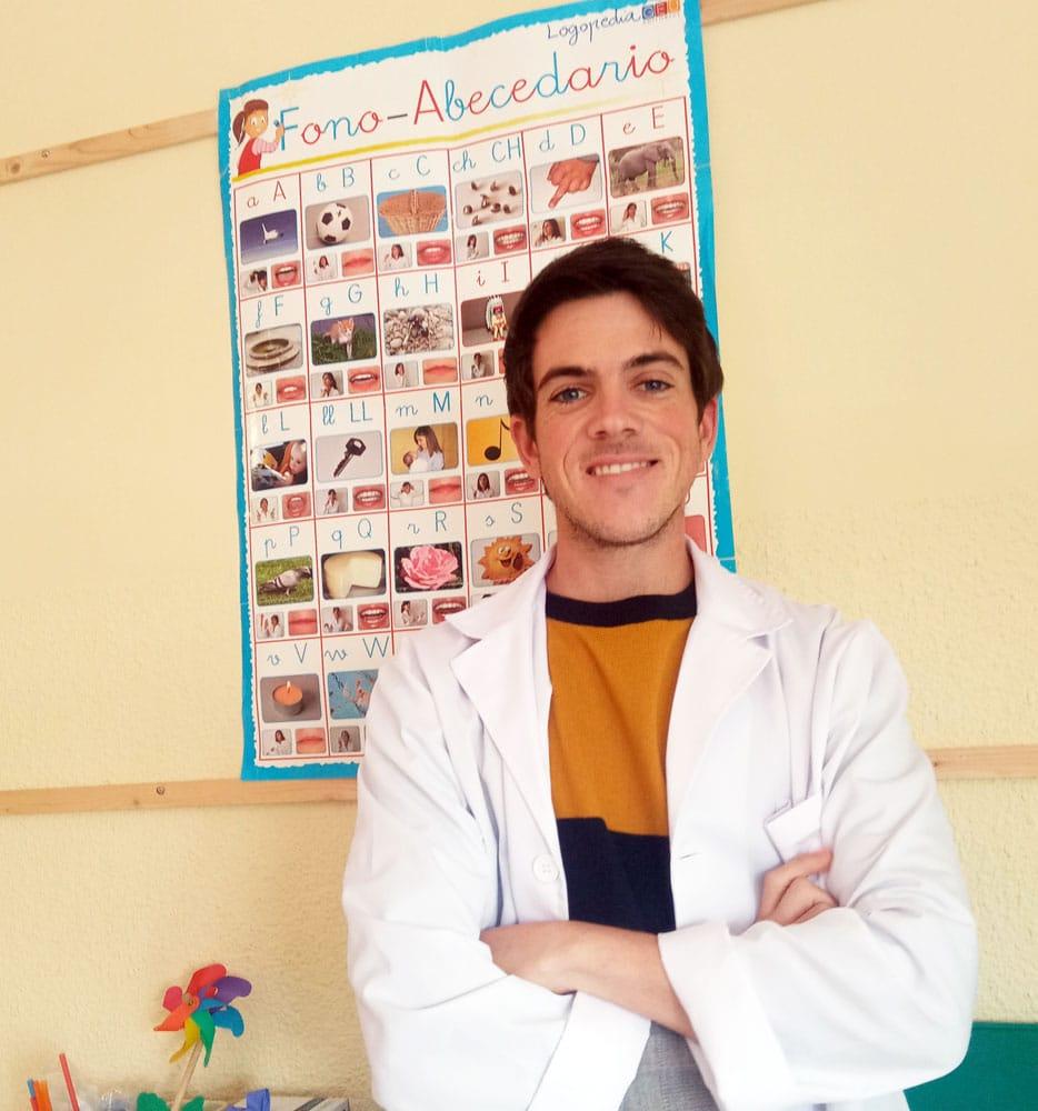José Antonio Silva es premiado por un estudio sobre la efectividad de NeuronUP para el enlentecimiento del deterioro cognitivo de las personas con Alzheimer.